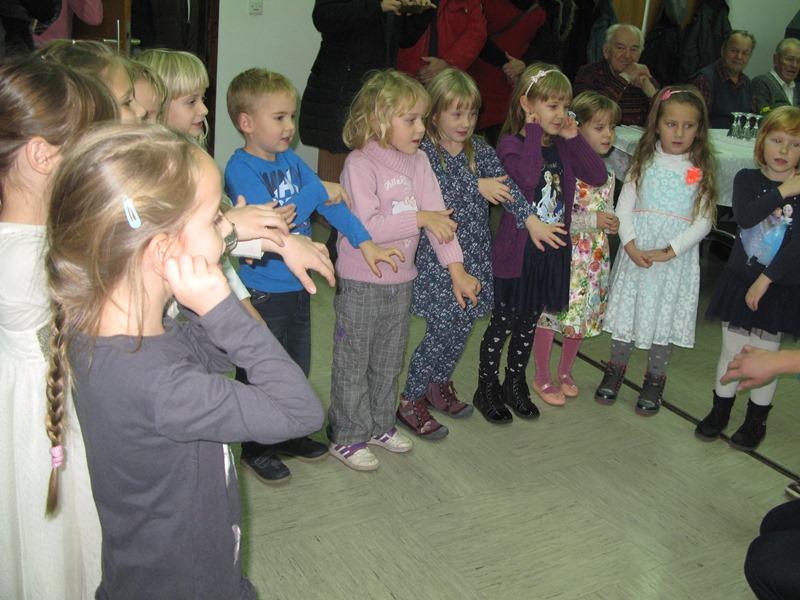 Enota Iskrica: Sodelovanje na srečanju starejših občanov MČ Lava